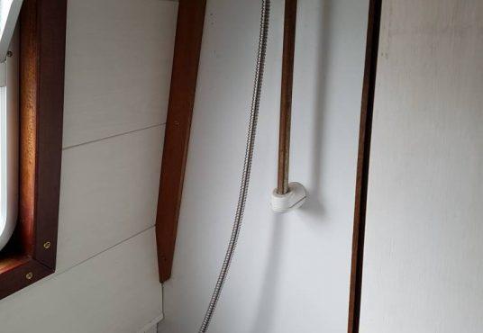 castaway shower