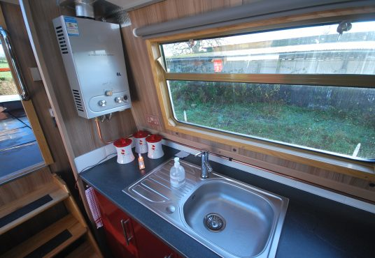 Aramanda - 60ft Cruiser Stern - Suitable liveaboard or continuous cruiser narrowboat 7
