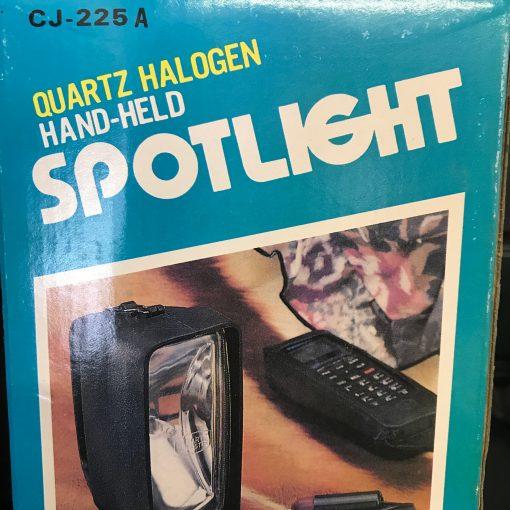 Light Handheld Halogen Spot & Plug 1